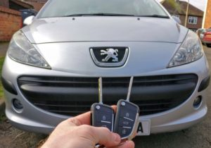 Peugeot 207 sw 2pcs spare key