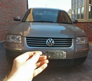 VW Passat all keys lost. new 3 button remote key cut and programmed