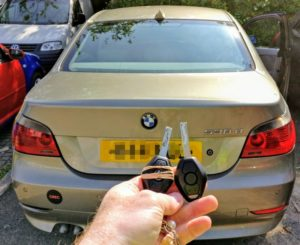 BMW 530D the original key damaged. New 3 button remote key cut and programmed