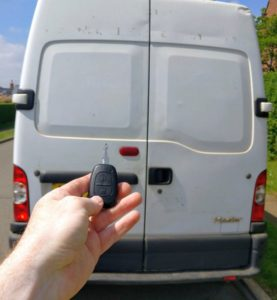 Renault Master all keys lost. New 2 button remote key cut and programmed.