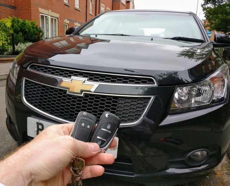 Chevrolet Cruze new 3 button key cut and programmed