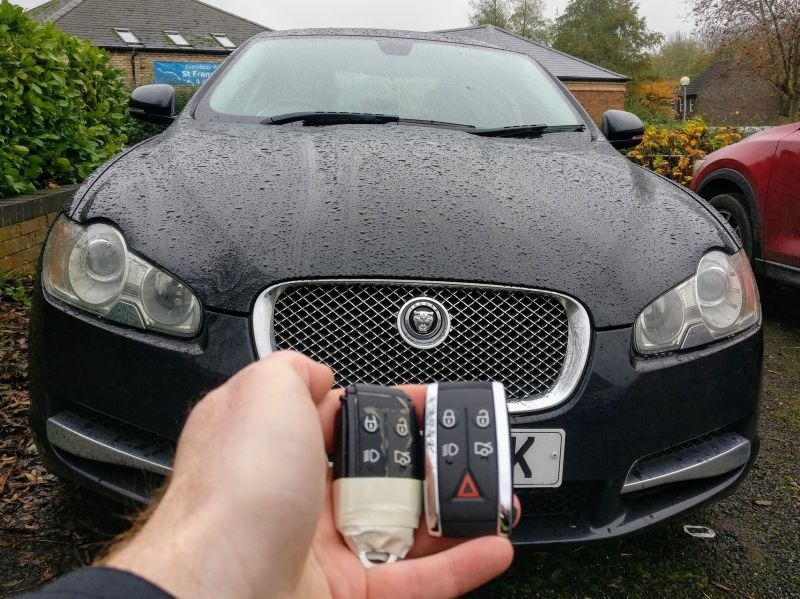 Jaguar XF new 5 button FOB programmed for spare