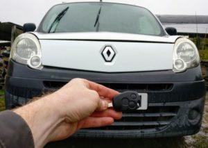 Renault Kangoo lost all keys. New remote key cut and programmed.