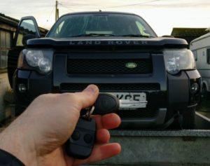 Land Rover Freelander lost all keys. new transponder key cut and programmed, new remote programmed.